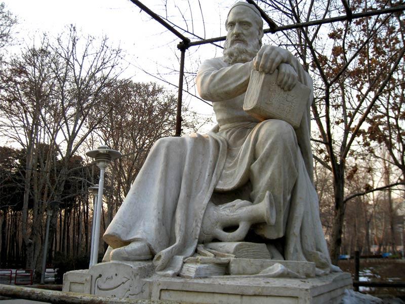 ساخت تندیس حیدر یغما شاعر نیشابوری
